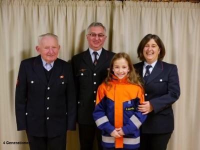 4 Generationen bei der Feuerwehr